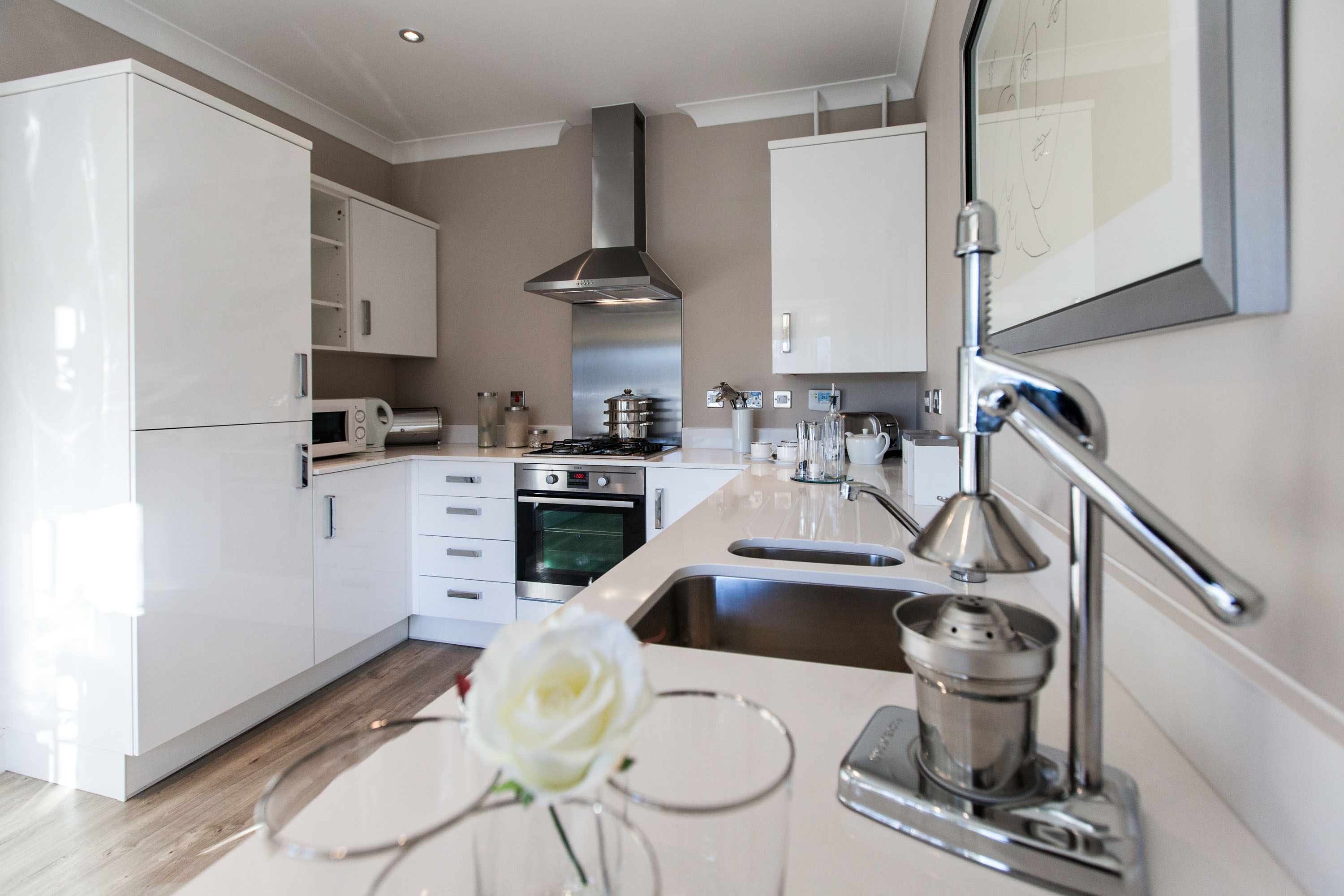 12M8PR. Charles Church Showhome Mill Court, Caerphilly